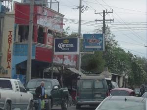 busy street sceen