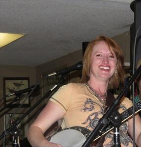 LaRae plays a mean banjo